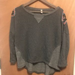 Xhiliration gray sweatshirt with beading detail L
